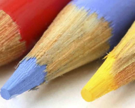 Disegniamo con le matite